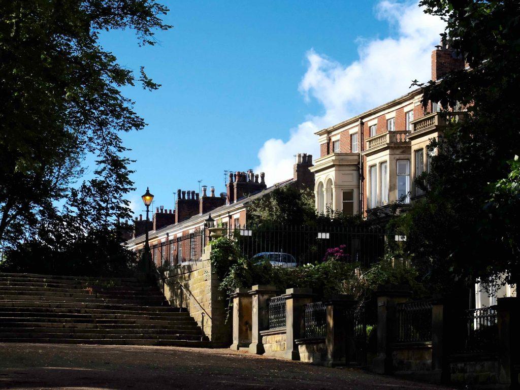 Stolz Und Erhaben Reihen Sich Die Häuser Vom Bushell Place Neben Dem  Avenham Walk.